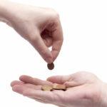 Nebankovní finanční společnost Provident, nabízí i peníze v hotovosti. Můžete si zde půjčit až 170 000 Kč (v hotovosti nebo na účet v bance). Půjčku vyřídíte velmi rychle a splácet může až 48 měsíců. Peníze můžete využít na cokoliv bez omezení.