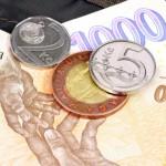 Půjčka na ruku je určena všem, kdo potřebují sehnat finanční prostředky.