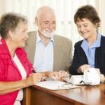 Jaké je zvýšení důchodů v roce 2017? A mohou se čeští důchodci těšit na více peněz?